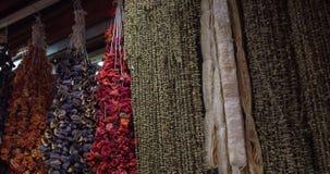 Gewürze, die türkischen Markt hängen Lizenzfreie Stockfotografie