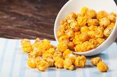Gewürztes Popcorn stockbild