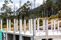Gewapend beton kolommen Stock Afbeelding
