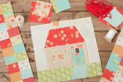 Gewatteerd Huis Het naaien en het Watteren Toebehoren STOFFENflarden Stock Afbeeldingen