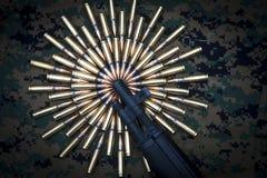 Geweersnuit en 308. kalibermunitie Royalty-vrije Stock Fotografie