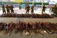 Gewehr-Kauf zurück programmieren Stockfotografie