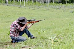 Gewehr-Schießen stockbilder