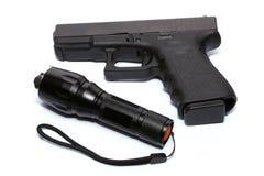Gewehr und Fackel Lizenzfreie Stockfotos