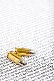 Gewehrkugelshells über dem Irak Stockbilder