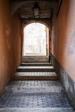 Gewelfde passage in Villefranche-sur-Mer Royalty-vrije Stock Fotografie