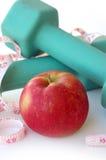 Gewichten en Apple Royalty-vrije Stock Foto's