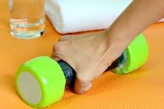 Gewichtheben-Übung. Stockbild