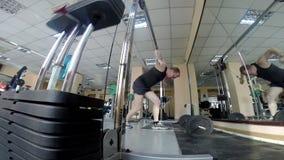 Gewichtheffengymnastiek stock videobeelden