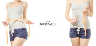 Gewichtsverlust der jungen Frau, der mit einer Flasche des Wassers und des gesetzten Musters des Zentimeter abnimmt Stockbilder