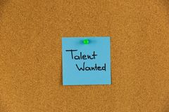 Gewild talent, Bedrijfsconcept Kleverig nota's en woordentalent W stock foto's