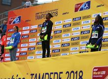 Gewinn-Goldmedaille HIMA DAS Indien in 400 metrs auf der Meisterschaft IAAF-Weltu20 in Tampere, Finnland am 12. Juli 2018 Stockbilder