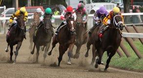 Gewinnen ihres ersten Rennens Lizenzfreies Stockfoto