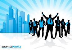Gewinnendes Geschäfts-Team gegen Stadt-Skyline Lizenzfreie Stockfotos