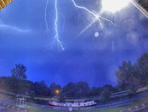 Gewitter über dem Kanal Stockfotos