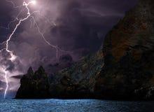 Gewitter über der Küste des Schwarzen Meers Lizenzfreie Stockfotos