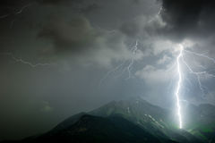 Gewitter in den Alpen Stockfoto
