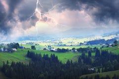 Gewitter in den Karpaten Stockbild
