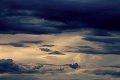 Gewitterschwül Atmosphäre lizenzfreie stockfotos