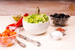 Geworfener Salat Lizenzfreie Stockbilder