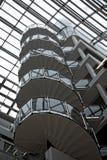 Gewundene Treppe, die steigt Stockfotografie