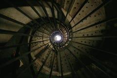 Gewundenes Stahltreppenhaus Lizenzfreies Stockbild
