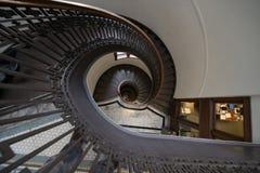 Gewundenes Treppenhaus stockfotografie