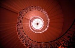 Gewundenes Treppenhaus Lizenzfreie Stockfotos