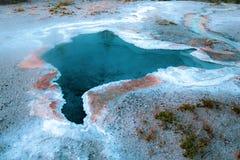 Geyser azul, parque nacional de Yellowstone fotografia de stock