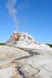 Geyser bianco della cupola immagine stock libera da diritti