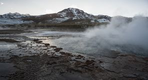 Geysers EL Tatio, τα μεγαλύτερα geysers του νότιου ημισφαιρίου κοντά στο οροπέδιο SAN Pedro de Atacama, Calama, Antofagasta Στοκ Εικόνες