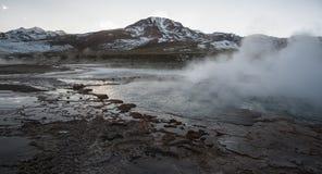 Geysers för El Tatio, de största geysersna av den sydliga halvklotet nästan platån av San Pedro de Atacama, Calama, Antofagasta Arkivbilder