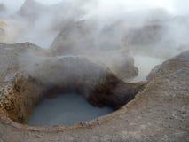 Geyseyr solenoide de manana no altiplano boliviano Fotografia de Stock Royalty Free