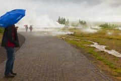 Geysir冰岛在夏天 免版税库存照片