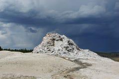 Geysir de descanso, Yellowstone Fotos de Stock Royalty Free