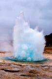 Geysirexplosie stock foto's