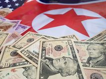 Gezamenlijke ontwikkeling van investeringen tussen de Verenigde Staten en Noord-Korea royalty-vrije stock afbeelding