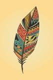 Gezeichnete bunte Feder der Weinlese Stammes- ethnische Hand Lizenzfreie Stockbilder