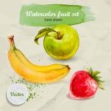 Gezeichnete Frucht des Aquarells Hand eingestellt auf Papier Grüner Apfel, Erdbeere und Banane Lizenzfreies Stockbild