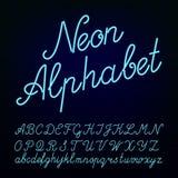 Gezeichneter Alphabetguß der Neonröhre Hand Stockbilder