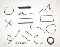 Gezeichneter Satz des Vektors Hand auf weißem Hintergrund - Elemente mit Pfeilen und Elementen Lizenzfreie Stockbilder