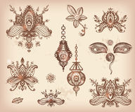 Gezeichneter Satz des Vektors Hand von Hennastrauch Blumen-lotos Elementen, Augen und L Lizenzfreie Stockfotos
