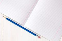 Gezeichnetes Notizbuch mit Bleistift Stockbild
