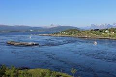 Gezeiten- Strom Saltstraumen nahe Bodø, Norwegen Lizenzfreie Stockbilder