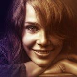 Gezicht van gelukkige glimlachende jonge vrouw stock afbeeldingen