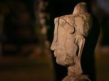 Gezicht van het houten standbeeld van Boedha Stock Afbeeldingen