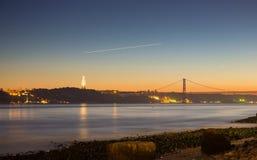Gezichtspunt het van de binnenstad van Lissabon aan tagusrivier Stock Foto