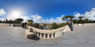 Gezichtspunt van Salita del Pincio over Piazza del Popolo Stock Afbeelding