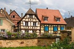 Gezimmerte Häuser in Elsass, Frankreich Lizenzfreie Stockfotos