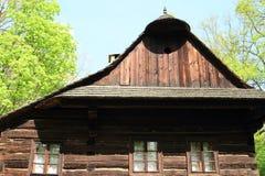 Gezimmertes Haus im Freiluftmuseum lizenzfreies stockfoto
